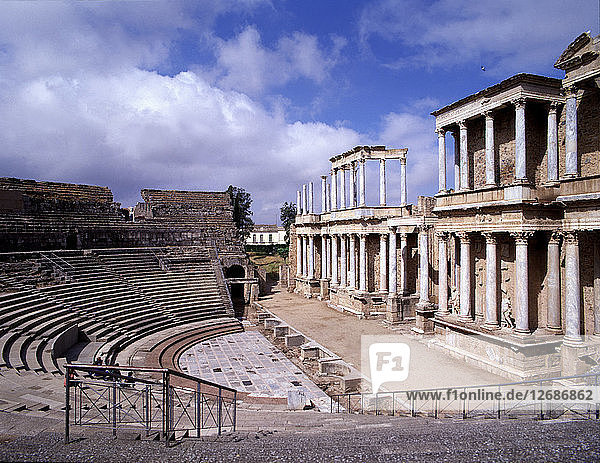 Side view of the Roman theater of Mérida.