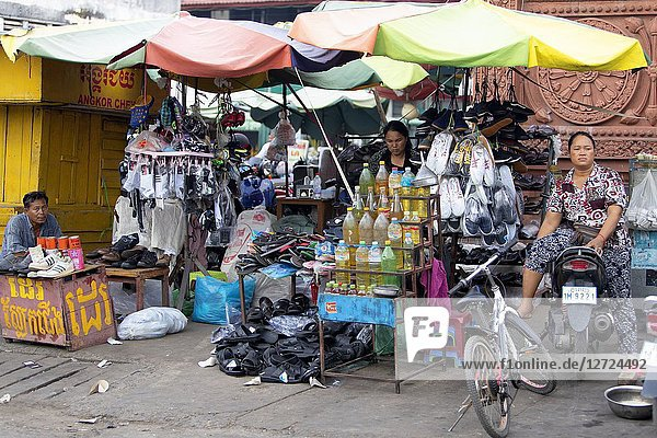 Market in the streets of the capital  Pnom Penh  Kingdon of Cambodia..