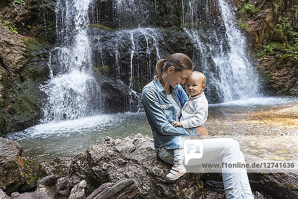 Mother and daughter at Josefsthal waterfall