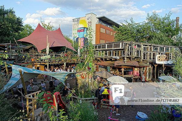 Straßencafe, Holzmarkt, Berlin, Deutschland, Europa