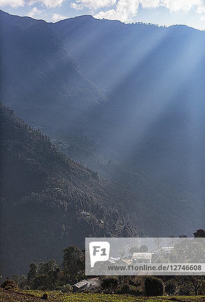 Sun shining over tranquil foothills  Supi Bageshwar  Uttarakhand  Indian Himalayan Foothills