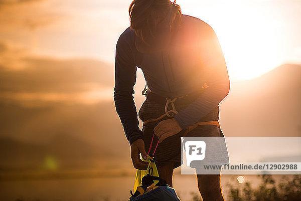 Mann auf Klettertour  Squamish  Kanada