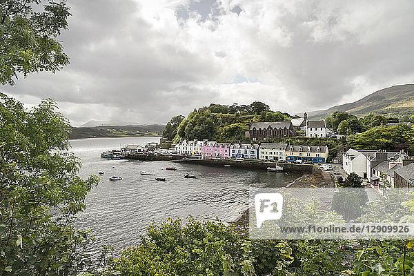 UK  Scotland  Isle of Skye  Portree  harbor