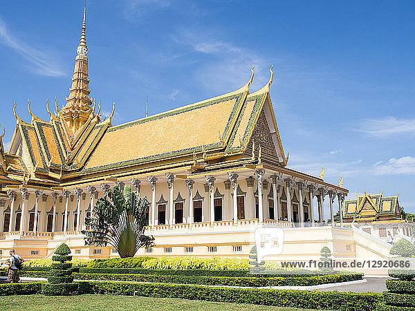 The throne hall at the Royal Palace  Phnom Penh  Cambodia  Indochina  Southeast Asia  Asia