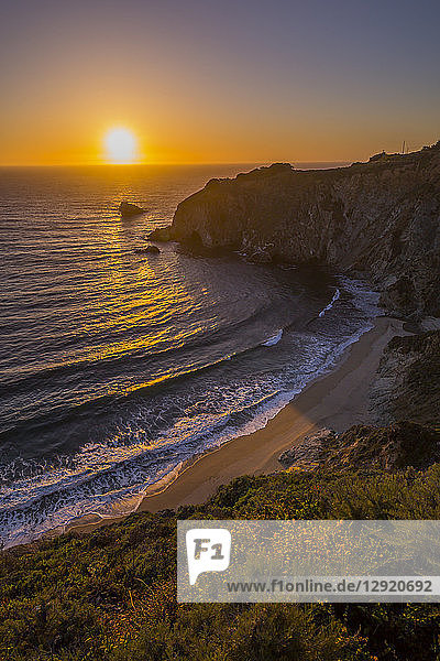 View of sunset at Big Sur  Highway 1  Pacific Coast Highway  Pacific Ocean  California  United States of America  North America