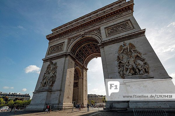 The arc DE triomphe in Paris  France