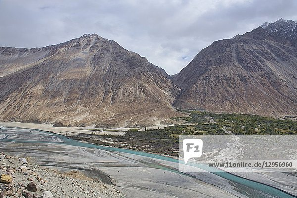 The beautiful Shyok River and Karakoram Range  Nubra Valley  Ladakh  India.