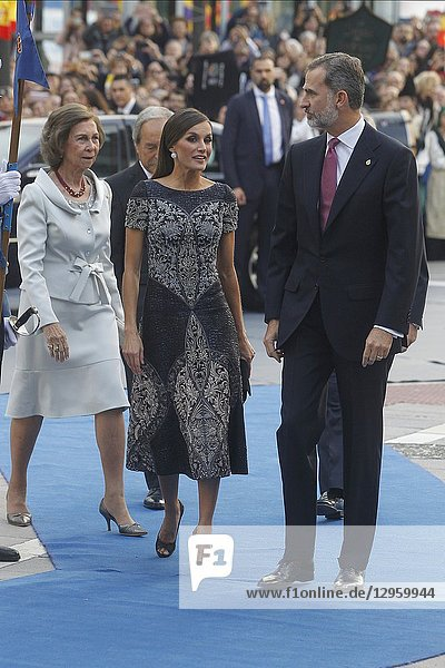 King Felipe VI of Spain  Queen Letizia of Spain  Queen Sofia of Spain arrived to the Campoamor Theater for the Princesa de Asturias Award 2018 ceremony on October 19  2018 in Oviedo  Spain