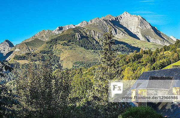 France  Pyrenees National Park  Occitanie region  Val d'Azun  Pic du Grand Gabizos (2 691 meters) seen from Aucun