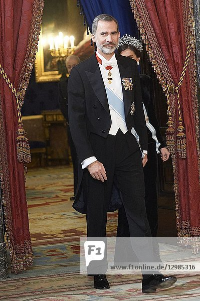 King Felipe VI of Spain  Queen Letizia of Spain attends a gala Dinner honouring Chinese President at the Royal Palaceon November 28  2018 in Madrid  Spain