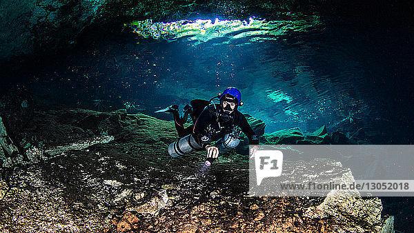 Cenoten-Höhlentauchen  Tulum  Quintana Roo  Mexiko