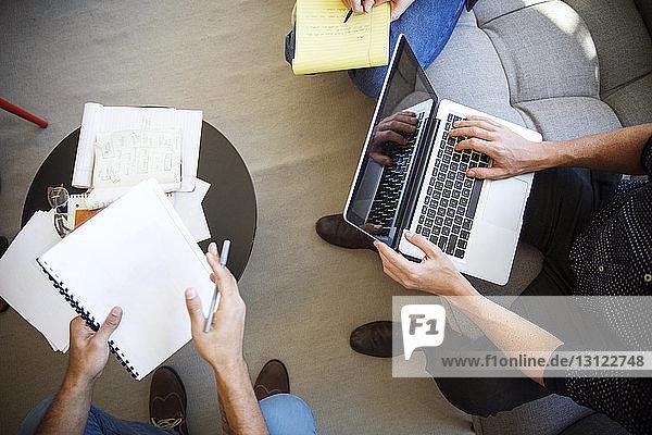 Niedriger Anteil der im Büro arbeitenden Geschäftsleute