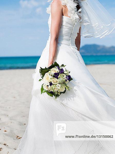bride holding bridal bouquet