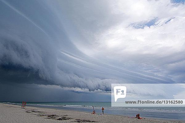Amerika,Attraktivität,Außenaufnahme,dramatisch,Florida,Gefahr