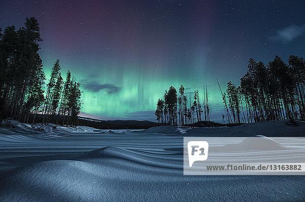 Geomagnetischer Sturm bei Nacht  Penticton  Britisch-Kolumbien  Kanada