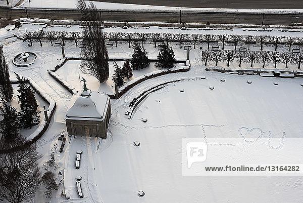 Writing in snow in park  Niagara  Ontario  Canada