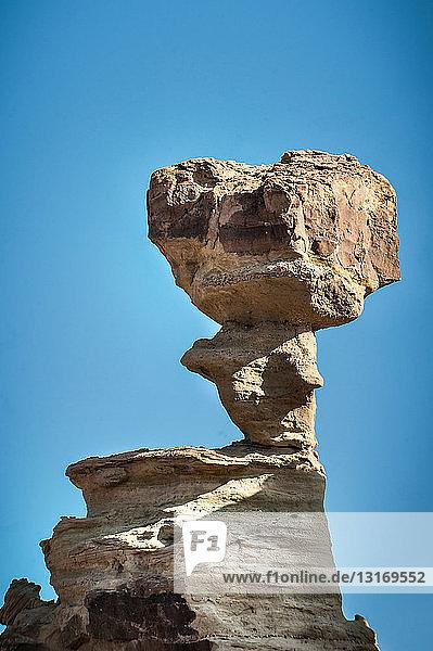 Tiefblick auf eine unterseeische Felsformation  Valle de la Luna  Provinz San Juan  Argentinien