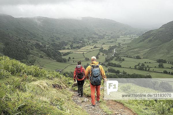 England  Langdale Valley  Gimmer Crag  Bergsteiger  Paar
