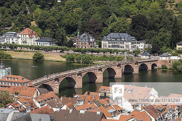 Deutschland  Baden-Württemberg  Heidelberg  Neckar  Charles-Theodore-Brücke
