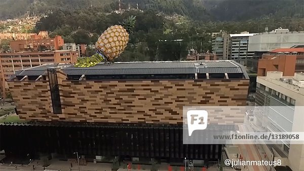Pineapple Gelatin on Rooftop  CGI Effect