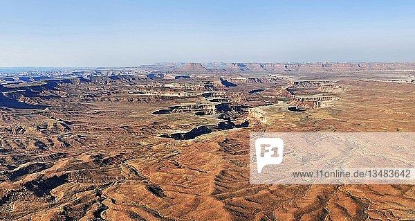 Zerklüftete Schluchten des Green Rivers  Island in the Sky Hochebene  Canyonlands-Nationalpark  bei Moab  Utah  USA  Nordamerika