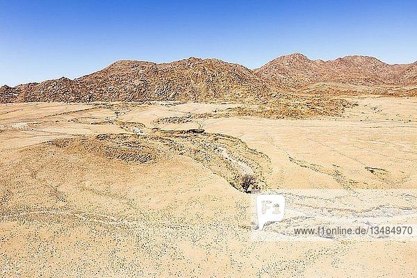 Luftaufnahme  vom Regen augewaschene Landschaft  Namib-Wüste  Namib-Naukluft-Nationalpark  Namibia  Afrika
