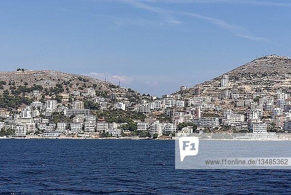 Stadtansicht  Saranda  Ionisches Meer  Albanien  Europa