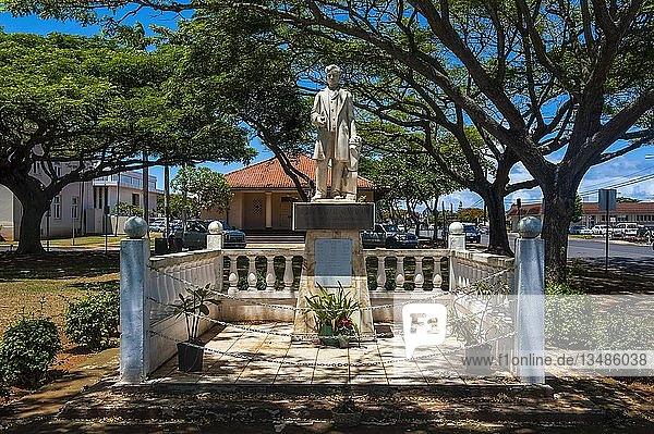 Kapitän James Cook Statue im Lihue-Park auf der Insel Kauai  Hawaii  USA  Nordamerika