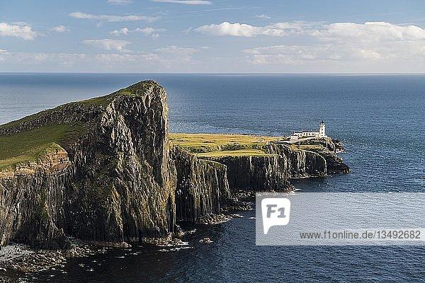 Neist Point  Leuchtturm  Isle of Skye  Innere Hebriden  Schottland  Großbritannien  Großbritannien  Europa