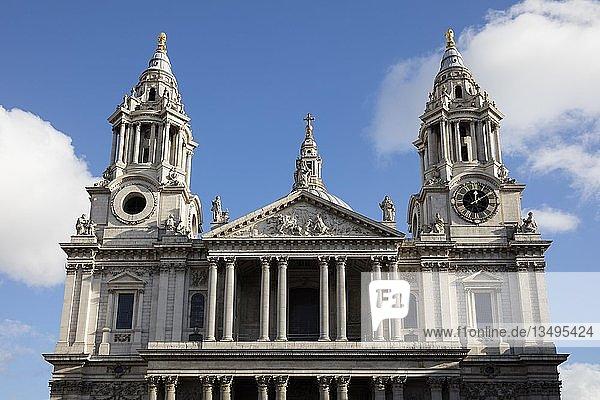 St. Paul´s Cathedral  London  England  Großbritannien  Europa