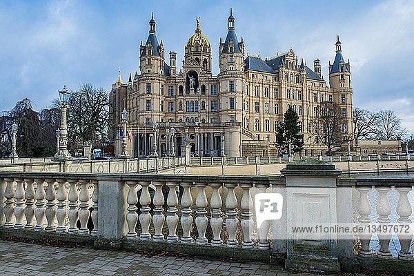 Schweriner Schloss  Landtag von Mecklenburg-Vorpommern  Schwerin  Mecklenburg-Vorpommern  Deutschland  Europa