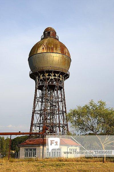 Historischer Wasserturm  erbaut 1921  Ilseder Hütte  Ilsede  Peine  Niedersachsen  Deutschland  Europa