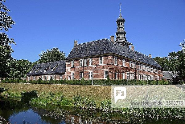 Museum Schloss vor Husum  Husum  Schleswig-Holstein  Deutschland  Europa