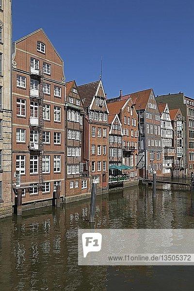 Häuser am Herrengrabenfleet  Hamburg  Deutschland  Europa