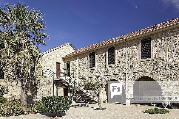 Mittelalterliches Kastell  Foinikoudes-Promenade  Larnaka  Südzypern  Zypern  Europa