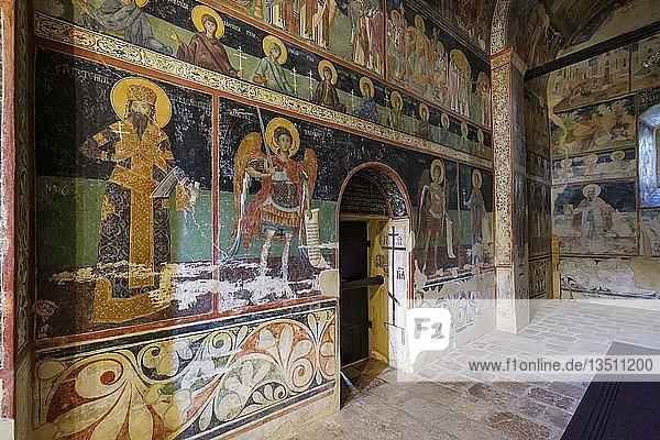 Fresken in Vorhalle der Klosterkirche  serbisch-orthodoxes Kloster Piva  Provinz Pluzine  Montenegro  Europa