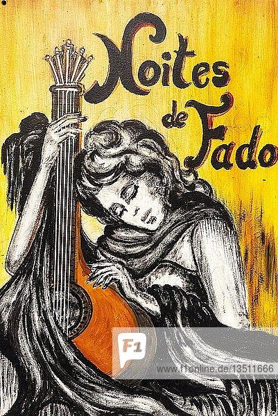 Fadosängerin  portugiesische Gitarre  Fado  kunstvoll bemalte Haustür  Malerei  Straßenkunst  Funchal  Madeira  Portugal  Europa