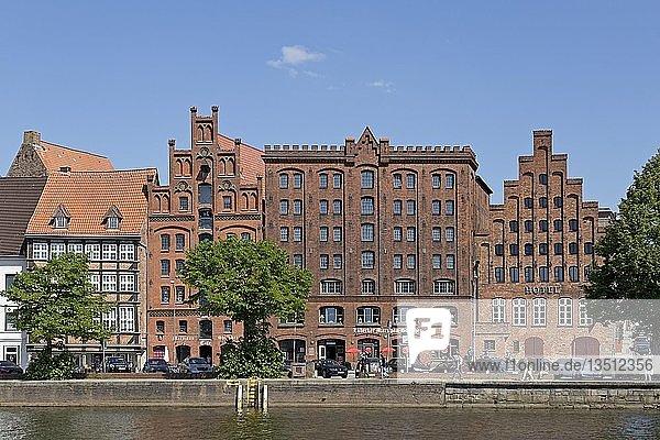 Historische Backsteinhäuser an der Untertrave  Lübeck  Schleswig-Holstein  Deutschland  Europa
