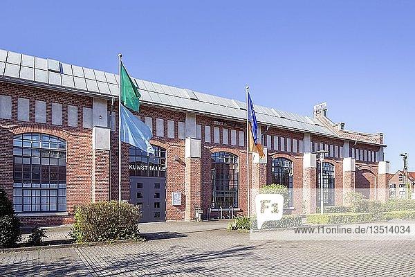 Ehemalige Königlich Hannoversche Bahnhofswerkstätte  heute Zentrum für Wirtschaft  Medien und Kunst  IT-Zentrum  Lingen  Emsland  Niedersachsen  Deutschland  Europa