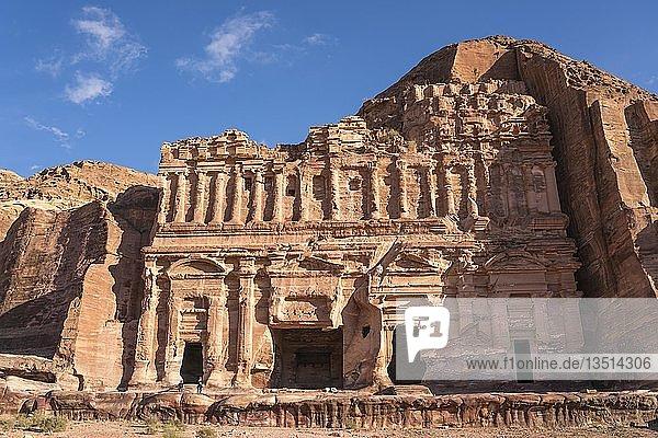 Palastgrab  Gräber der Königswand  Petra  Jordanien  Asien