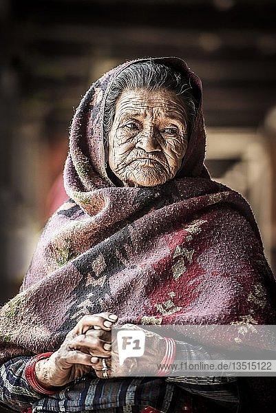 Alte Frau  Bandipur  Kathmandu Tal  Nepal  Asien Alte Frau, Bandipur, Kathmandu Tal, Nepal, Asien