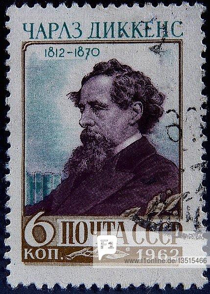 Charles Dickens  englischer Schriftsteller  Porträt auf einer russischen Briefmarke  Schweden  Europa