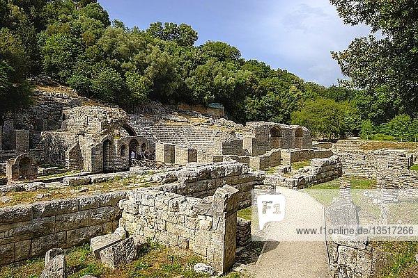 Asklepios-Heiligtum und Theater  antike Stadt Butrint  Nationalpark Butrint  bei Saranda  Qark Vlora  Albanien  Europa