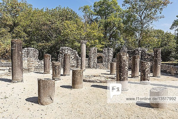 Baptisterium  Taufkapelle  antike Stadt Butrint  Nationalpark Butrint  Saranda  Albanien  Europa