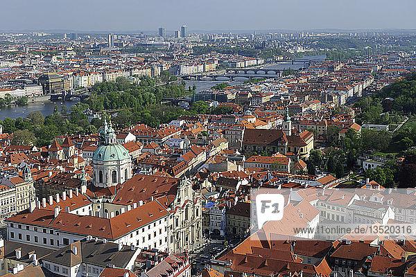 Blick über die Altstadt von Prag  UNESCO-Weltkulturerbe  Tschechien  Tschechische Republik  Europa