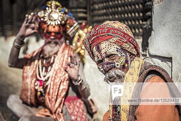 Sadhus  Asketen  heilige Männer  Pashupatinath  Kathmandu  Nepal  Asien Sadhus, Asketen, heilige Männer, Pashupatinath, Kathmandu, Nepal, Asien