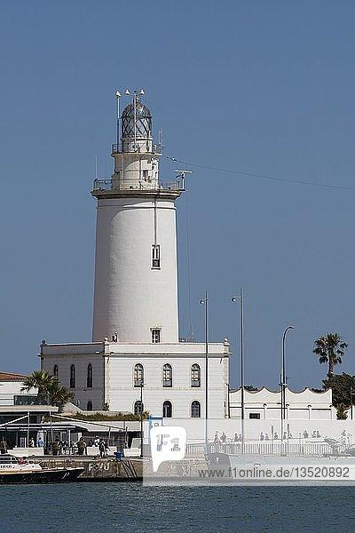 Leuchtturm  Hafen  Málaga  Costa del Sol  Andalusien  Spanien  Europa
