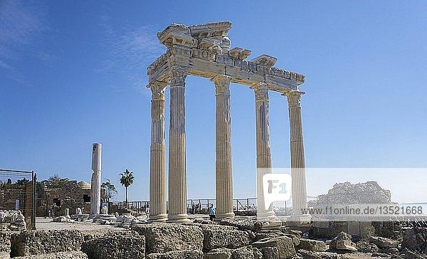 Ruine des Apollon-Tempels  Überreste der antiken Stadt Side  Pamphylien  Landkreis Manavgat  Provinz Antalya  türkische Riviera  Türkei  Asien