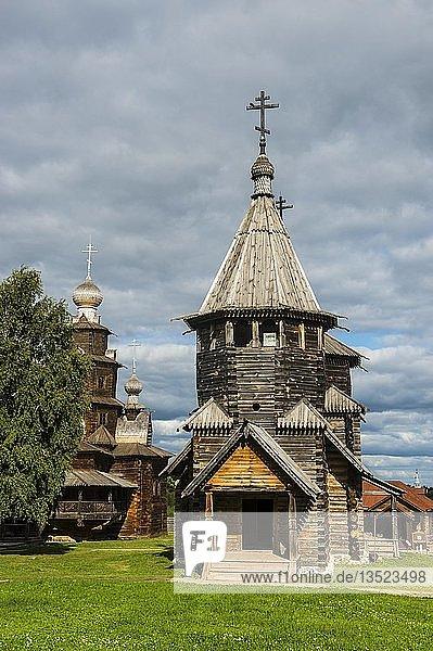 Hölzerne Kirche im Museum der hölzernen Architektur im UNESCO-Welterbe Susdal  Goldener Ring  Russland  Europa