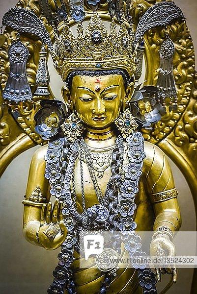 Antike buddhistische Gottheit  Nationalmuseum  Kathmandu  Himalaya Region  Nepal  Asien